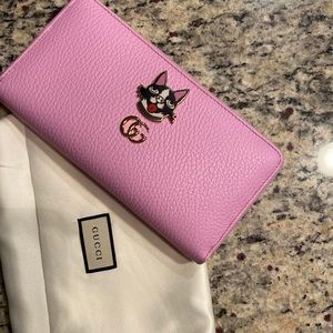 Beautiful limited edition Gucci wallet